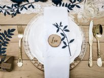 Wooden Place Cards (6)